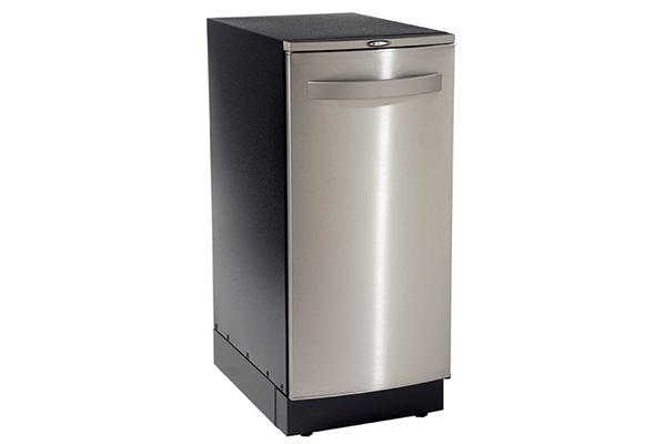 1_0001_Trash Compactor