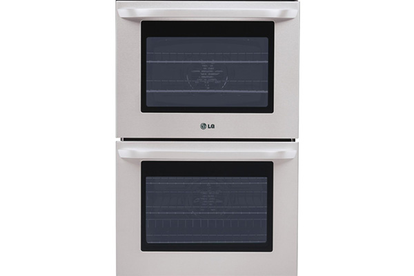 1_0003_gas or electric wall oven